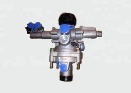 5001837073, 5010136030 Renault premium truck brake valve
