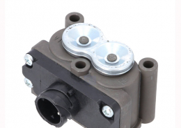 Heavy duty european truck spare parts auto parts solenoid valve 9452600057 9702601057 9452600057 9452601457